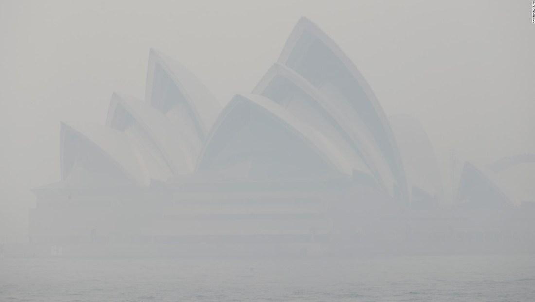 Sydney cubierta de humo por incendios
