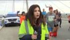 Corredor golpea el trasero de reportera