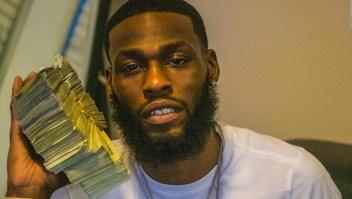 Hombre mostró en redes sociales dinero que habría robado