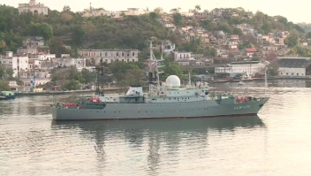 Barco espía ruso navega las costas de EE. UU