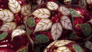 """El pueblo mexicano donde """"nacen"""" los adornos navideños"""