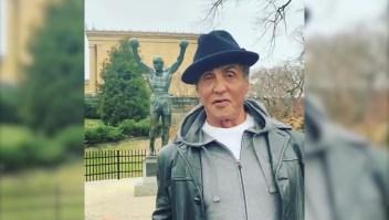 Rocky en la estatua de Rocky: el video viral de Sylvester Stallone