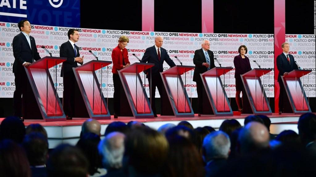 Candidatos demócratas defienden el juicio político