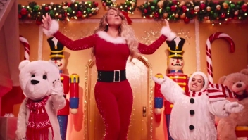"Mariah Carey estrena nuevo video clip de ""All I want for Christmas is you"""