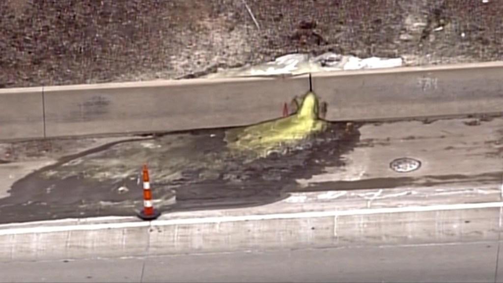 'Slime' cancerígeno se filtra en carretera de Detroit