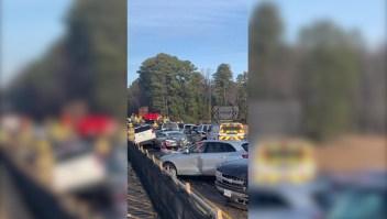 Megachoque de 63 autos deja a 51 heridos