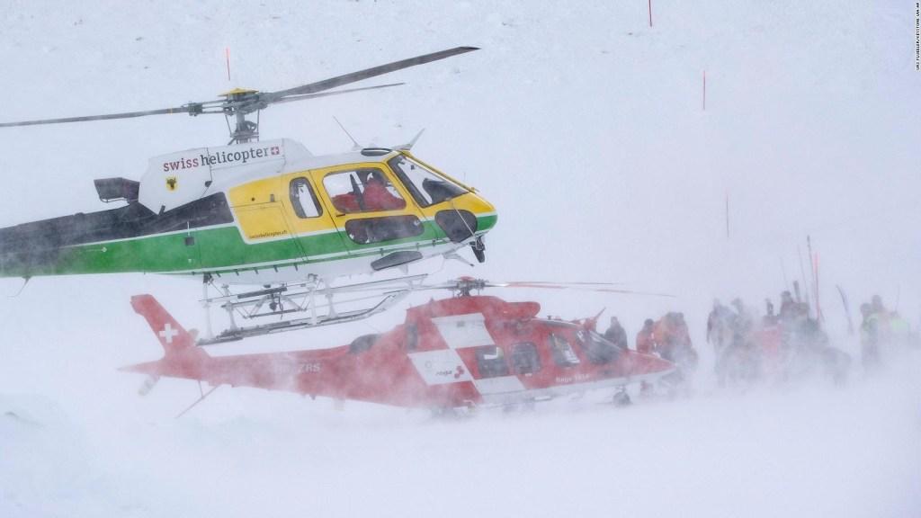 Tenso rescate tras una avalancha en los Alpes Suizos