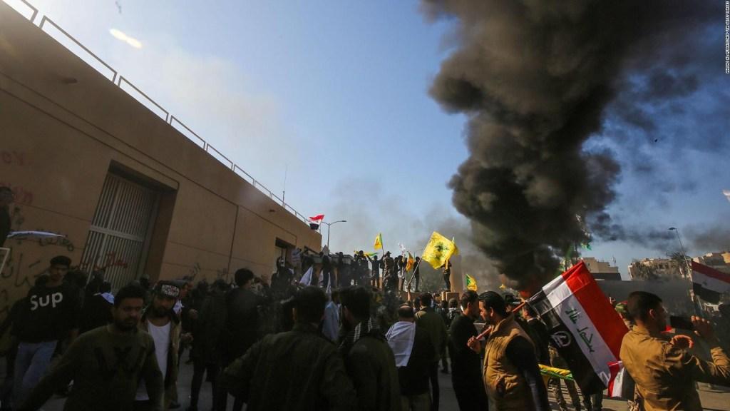 Embajada de Estados Unidos en Iraq es atacada