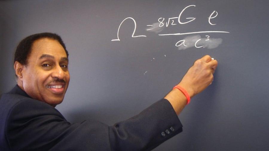 Conoce A Ron Mallett El Científico Que Intenta Viajar En El Tiempo Cnn