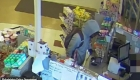 Hombre roba farmacia diciendo que tiene un hijo enfermo
