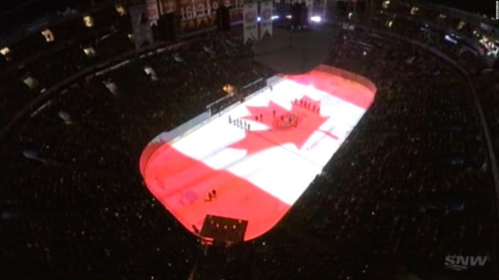 Equipo de hockey canadiense honra a las víctimas del avión siniestrado