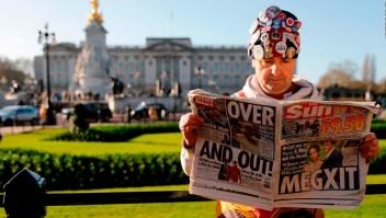 Buckingham pide periodo de transición por el Megxit