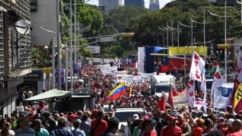 Venezuela: Guaidó decidió postergar la marcha convocada para este martes
