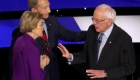 Altercado de Warren y Sanders tras el debate demócrata