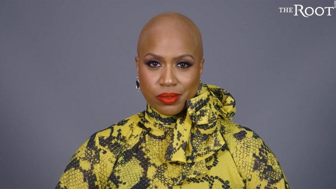 La congresista Ayanna Pressley revela que tiene alopecia