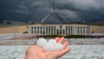 "Clima ""apocalíptico"" en Australia: ahora cae granizo"