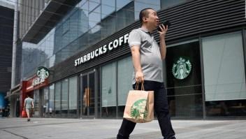 Starbucks cierra tiendas en China por coronavirus