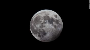 Luna llena de lobo 2020