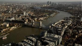 Evacuación en Londres por bomba de la II Guerra Mundial