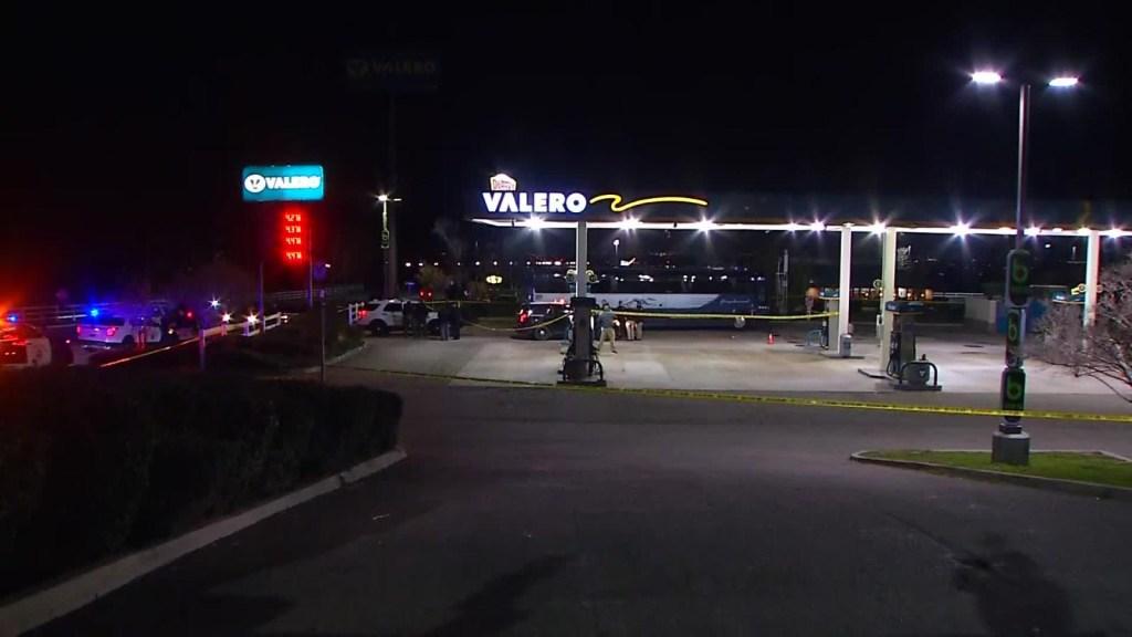 Un muerto en feroz tiroteo a bordo de un autobús