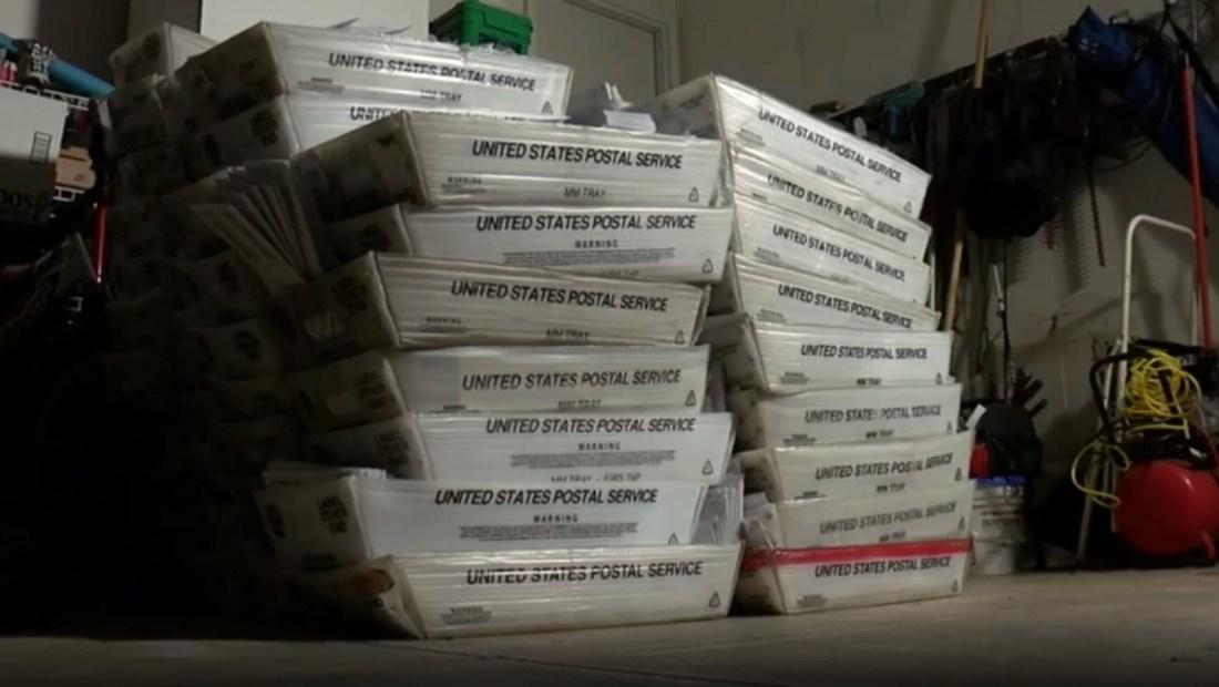 Residente de Ohio recibe 55.000 sobres de correo idénticos