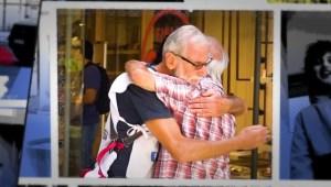 Este argentino ha repartido más de 4.000 abrazos gratis