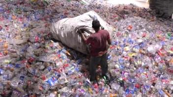 ¡A recoger botellas!, dice El Salvador
