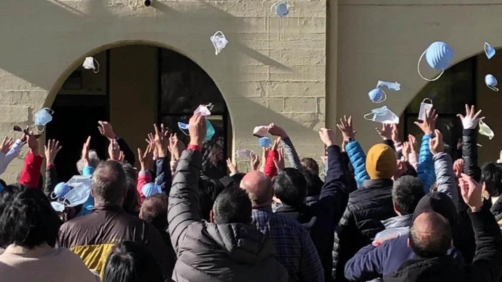 Termina cuarentena para evacuados de China en EE.UU.