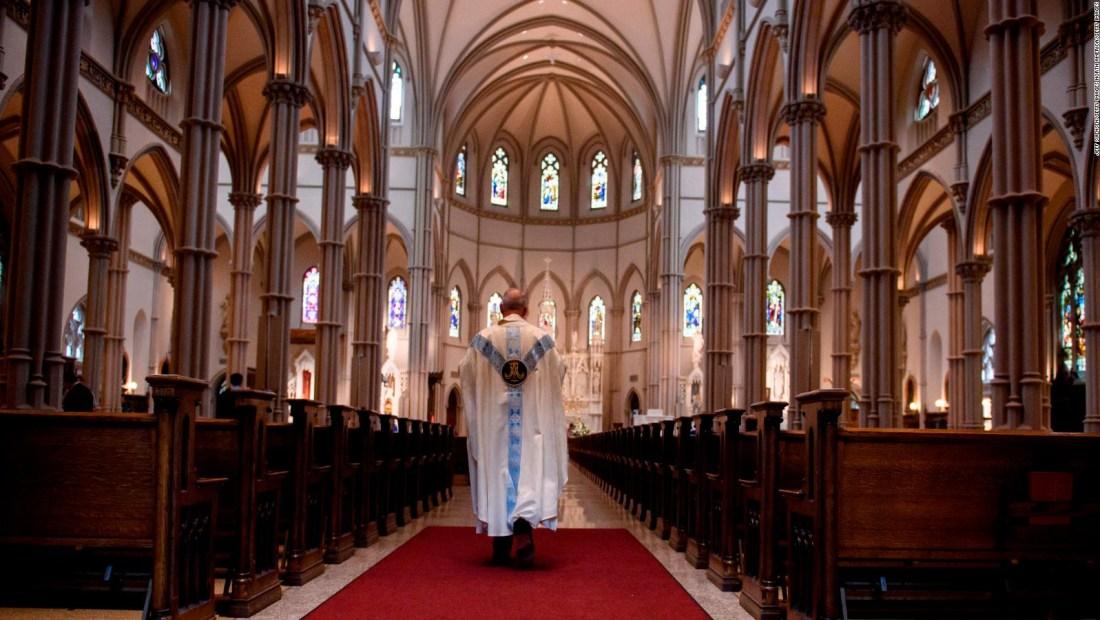 Un sacerdote considera que el aborto es más atroz que la pederastia