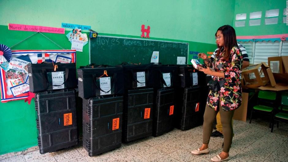 República Dominicana suspende elecciones municipales