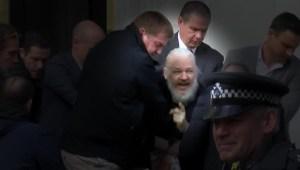 Comienza proceso para decidir si Assange será extraditado