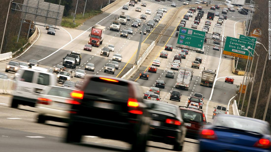 Si conduces un automóvil caro, probablemente eres un cretino, dicen los científicos
