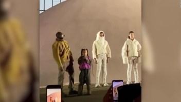 La hija mayor de Kim Kardashian y Kanye West sorprende en París