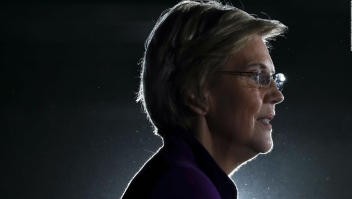 Warren abandona la campaña presidencial