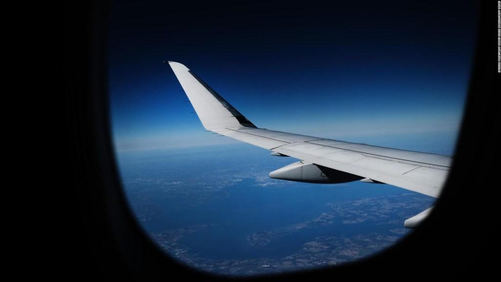 Aviación mundial en crisis por brote de coronavirus