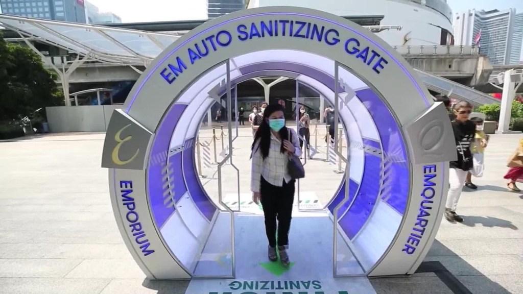 Instalan sistema de esterilización en un centro comercial de Tailandia