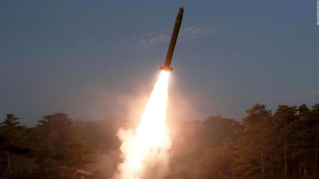 Corea del Norte lanza varios misiles en nuevo ensayo
