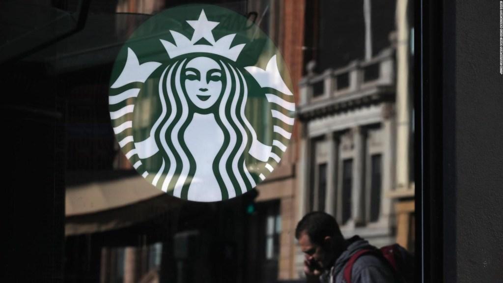 El nuevo vaso de Starbucks, más amigable con el medioambiente