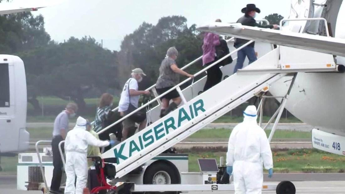 Pasajeros de Grand Princess desembarcan en Oakland