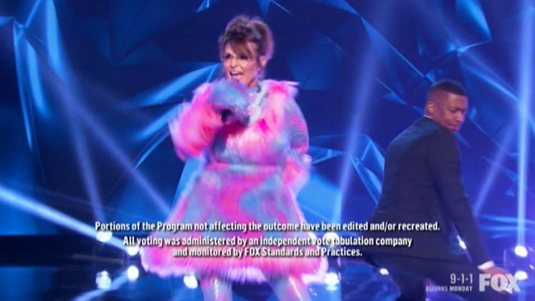 Mira a Sarah Palin rapeando en TV