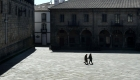 España: cierran comercios y exigen quedarse en casa
