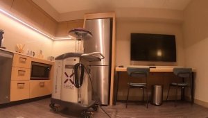 Los robots desinfectantes que se usan en hospitales