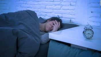 La ansiedad del sueño y el horario de verano pueden exacerbar el insomnio, pero el estiramiento puede ayudar