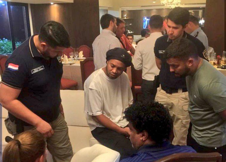 Ronaldinho documentación falsa Paraguay