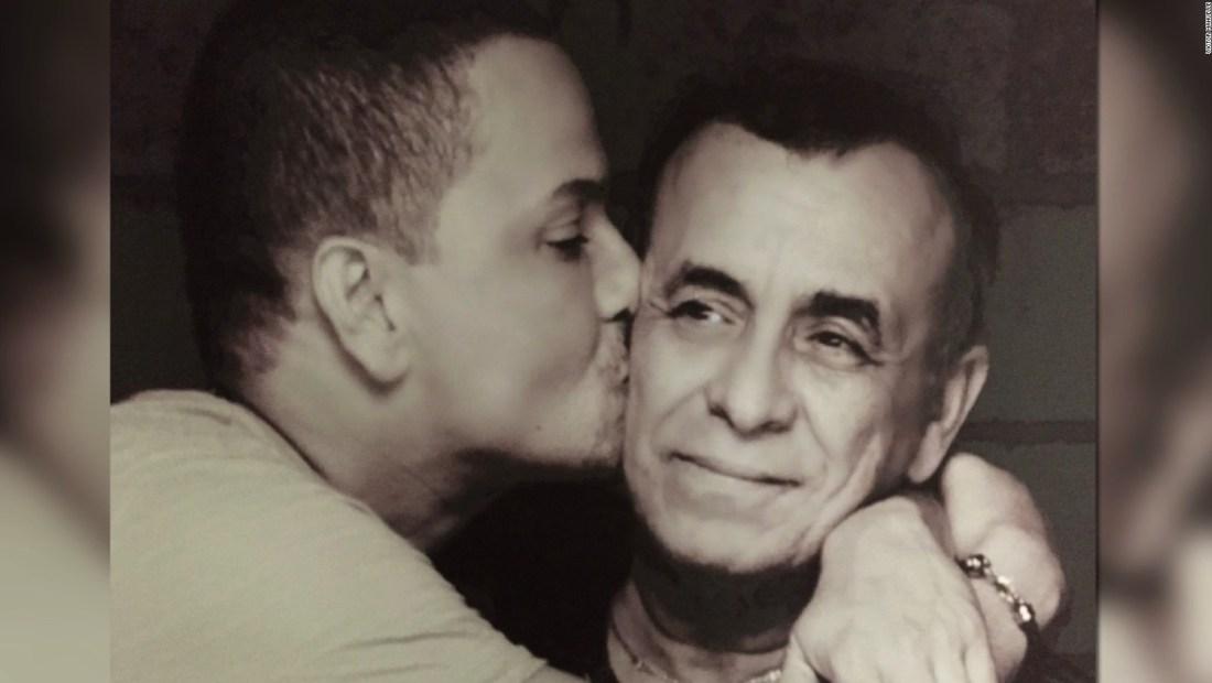 Jueves del recuerdo: Víctor Manuelle y su lucha contra el alzhéimer