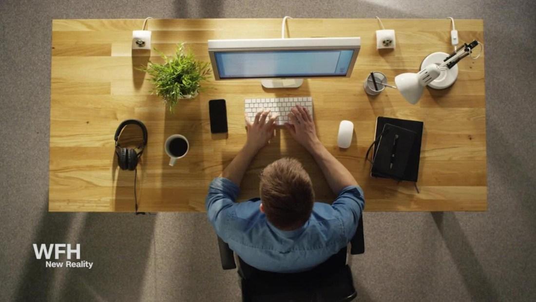 Así puedes evitar el agotamiento laboral en casa