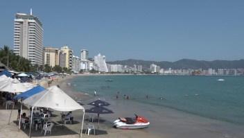 Playas turísticas en México cierran ante el covid-19