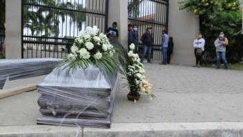 """Alcaldesa de Guayaquil: Somos el """"epicentro"""" de la pandemia"""