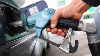 ¿Por qué sigue bajando el precio del petróleo?