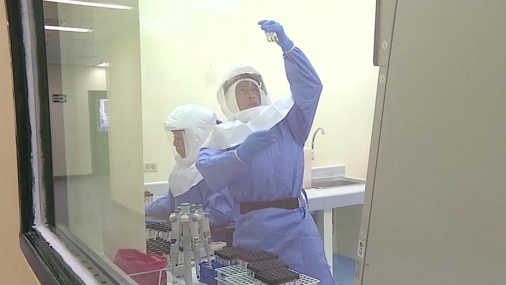 Así hace Perú las pruebas de covid-19 en el país